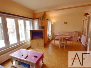 Quartier Saint Catherine/ Théâtre Flamand: charmant appartement de +/-100m² composé d'un salon et salle à manger de +/