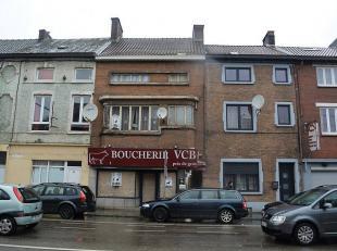 A saisir sans plus tarder! Spacieux immeuble de rapport à Marchienne-au-PontL'immeuble mixte est composé comme suit : Un rez-de-chauss&e