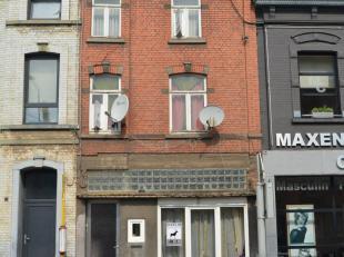 L'Etude des Propriétaires vous propose cette maison de maître avec beaucoup de potentiel à Marchienne-au-Pont proche de toutes com