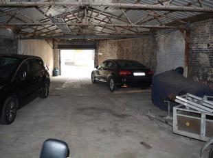 L'Étude des Propriétaires vous propose un super hangar/entrepôt situé à Docherie, facilement accessible par voie aut