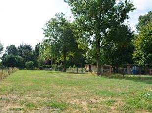 L'Etude des Propriétaires a le plaisir de vous proposer ce superbe terrain à bâtir situé dans la belle commune de Monceau-s