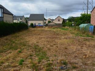 L'ÉTUDE DES PROPRIÉTAIRES vous propose l'un des derniers terrains à bâtir dans se beau lotissement.Ce terrain est situ&eacu