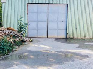 L'ETUDE DES PROPRIETAIRES, vous propose un excellent entrepôt de +/- 500 m² situé proche de toute commodité, idéal pou