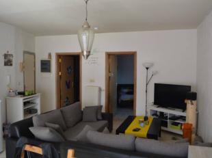 L'Etude des Propriétaires vous propose ce bel appartement une chambre avec balcon situé en plein coeur de Jemappes. Proches des grands a