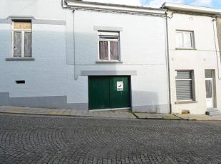 *** GARAGES A VENDRE ***L'Étude des Propriétaires vous propose ces garagessitués à Marchienne-au-Pont.Facilement accessibl