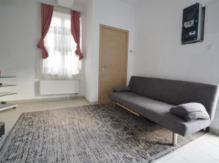 A la recherche d'une jolie maison 2 chambres dans un agréable quartier de ROUX ? L'Etude des Propriétaires vous propose à la vent