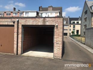 GESLOTEN GARAGEBOX VLAKBIJ CENTRUM HASSELT<br /> Op wandelafstand van het centrum van Hasselt, bevindt zich deze afgesloten garagebox in de Rederijker