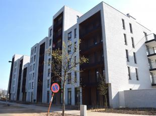NIEUWBOUWAPPARTEMENT MET 2 SLK + TERRAS EN STAANPLAATS<br /> Wie een spiksplinternieuw, goed gelegen en vooral gezellig appartement zoekt, moet zeker