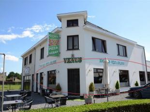 HANDELSZAAK VAN 150 M2 OP TOPLOCATIE<br /> Op de Meylandtlaan 147 te Heusden-Zolder, bevindt zich deze ruime handelszaak. Een ideale locatie waar veel
