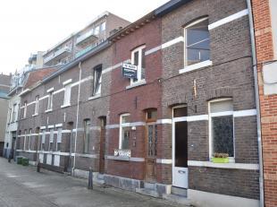 GERENOVEERDE UNIEKE STADSWONING 2 SLK OP TOPLOCATIE + TUIN<br /> In de bruisende stad Hasselt, op de Ridderstraat nummer 42, vinden we deze volledig g