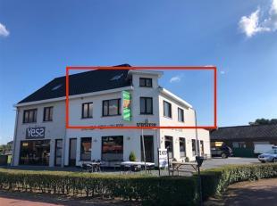 DUPLEX APPARTEMENT MET 3 SLK + RUIM TERRAS<br /> Op de Meylandtlaan 147 te Heusden-Zolder, bevindt zich dit duplex appartement. De oprit van de autosn