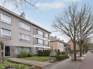 Aan de groene boulevard te Diest bevindt zich dit zeer goed onderhouden appartement met 2 slaapkamers en een fietsenberging, gelegen op de tweede verd