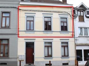 ***OPTION***A proximité immédiate des commerces et des transports en communs, un bel appartement 2 chambres de ±90m² situ&ea