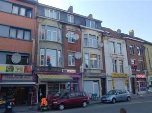 Investeringseigendom te Gent met meer dan 7% rendement!<br /> Deze woning is ideaal gelegen, vlakbij verschillende invalswegen. Het gelijkvloers besta