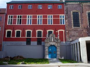 - geafficheerde huurprijs is een richtprijs - Het oude Alexianenklooster schonk Gent deze ruwe parel. De monumentale Sint-Amanduskapel zit verscholen