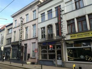 De Sleepstraat is bekend voor restaurants die betaalbare menu's aanbieden, gasten vlot en vriendelijk bedienen, en laten kennismaken met de wereldkeuk