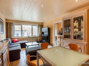 """Instapklaar 2 slaapkamer appartement met terrasje op toplocatie!<br /> De residentie """"Sint-Lievenspoortstraat"""" is gelegen nabij het Zuid vlak bij het"""