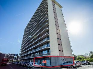 TE KOOP of TE HUUR - LAATSTE UNIT!<br /> Vernieuwde, instapklare gelijkvloerse bedrijfsruimte deel AB (142 m² +kelder),  optioneel 1 tot ca. 10 s