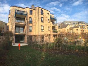 Blocry, lumineux appartement de +/-85m² au rez de chaussée avec jardin et terrasse privative. Il se compose d'un hall d'entrée avec