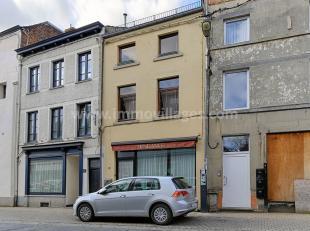 Faire offre à partir de 129.000? - Situé au coeur de la ville de Gembloux, excellent immeuble mixte, sur 60 ca et comprenant: une surfac