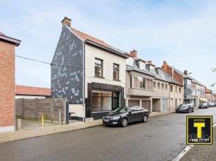 Deze karaktervolle woning is gelegen in de dorpskern van Drongen. Indeling: inkomhal, woonkamer - eetplaats, ingerichte keuken en badkamer. Bijgebouw