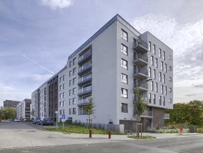 Kom nog meer details te weten op directverkoop.com onder referentie 43651.<br /> Uitzonderlijke penthouse met zicht op het schuman park in Sint Lambre