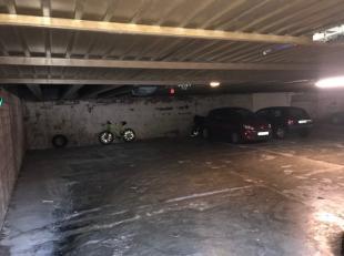 Ondergrondse parkeerplaats te koop aan de rand van het centrum, Kennedylaan 13-15, te Sint-Truiden.<br /> Voor een bezichtiging, aarzel niet contact m