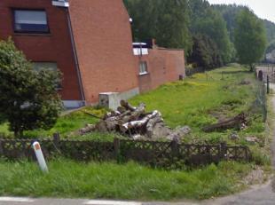 Mooi perceel bouwgrond voor HOB.<br /> Goede ligging op de steenweg St-Truiden - Hasselt.<br /> Oppervlakte van de grond 17a 17ca.<br /> Perceelbreedt