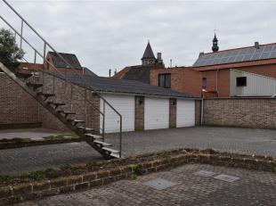 Garagebox te koop vlak bij het centrum van Zoutleeuw.<br /> Kanonstraat 11 - 13<br /> Meer info? 0498/43 21 84 of kelly@geel-blauw.be