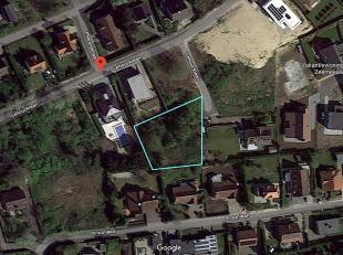 Uniek gelegen stuk  bouwgrond in Oostduinkerke. Oppervlakte van 1025 vierkante meter. Nabij de zee in een residentiele wijk. Zeer rustige buurt/villaw