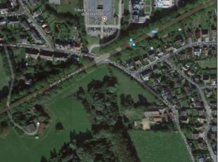 """""""Terre Berdachaux"""", située rue du Vert Baty à Nivelles. Actuellement exploitée en prairie, cette parcelle de 67 ares 60 ca est si"""