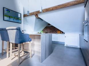 A 5' du centre de Nivelles, dans un magnifique cadre champêtre , découvrez ce loft penthouse de 255m² entièrement neuf et am&