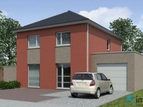 Deze woning op een perceel van 950m² is groen en rustig gelegen in een private weg met weining verkeer. Op 1,5km van het centrum met winkels, ban
