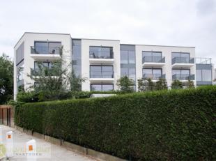 Let op: dit appartement ligt in Borsbeek, Herentalsebaan 137 (op de grens met Deurne-Zuid & Wommelgem). Dit penthouse-appartement heeft alle troev