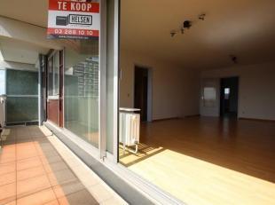 Ruim drie-slaapkamer appartement  van 98 m² met kamerbreed zonnig terras  (8 m²) in een goed gelegen appartementsgebouw nabij singel en Spoo