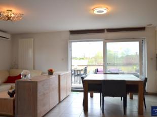 Dit appartement maakt deel uit van een gebouw bestaande uit slechts 2 wooneenheden. Er zijn dan ook geen gemeenschappelijke onkosten. Het appartement