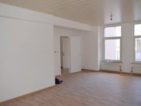 Knus appartement met 2 slaapkamers in het centrum van Geraardsbergen. <br /> Op wandelafstand van het station, openbaar vervoer, scholen, handelaars..
