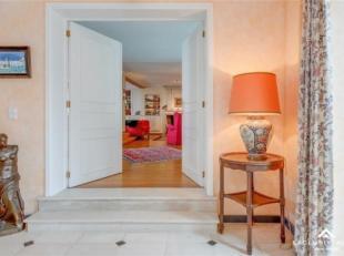 INTERIEUROpen haard, Woonkamer (103 m²), Geïnstalleerde keuken (58 m²), 5 Slaapkamers (43 m²,21 m², 17 m², 15 m²,7