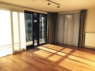 District Boondael.In een recent gebouw, zeer mooi appartement.Entree, hal, woonkamer, keuken, 3 slaapkamers, 2 badkamers.Mogelijkheid van kelder en pa