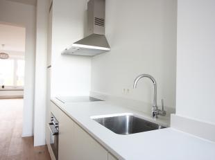 Contacteer Nancy voor een bezoek: 0476 94 04 47. Dit appartement is subliem gelegen op de Frankrijklei met om de hoek het theaterplein, stadspark, Nat