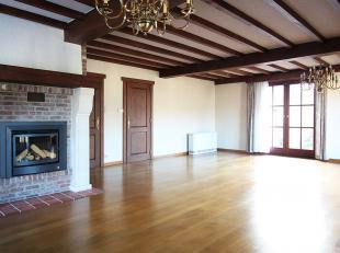 Contactez Raf pour une visite: 0484 32 51 80. ette villa est située dans un quartier extrêmement calme et très résidentiel.