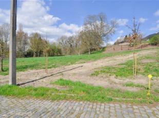 Rustig gelegen bouwgrond 'Lot 4' van 11a 05ca. Zeer rustig gelegen en toch vlakbij invalswegen richting Brussel. <br /> Geschikt voor het bouwen van e