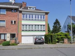 Chouette appartement avec 1 chambre, garage et cave à Linkebeek. Cet appartement comprend au 1er étage: hall d'entrée, living/sal