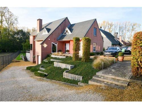 Maison à vendre à Zandbergen, € 449.000