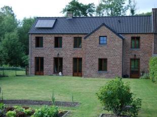 Situé à Mont-Saint-Guibert à côté de LLN, maison état neuf entièrement reconstruite avec terrasse et j