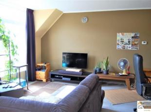 Organisation:<br /> Cet appartement modeste avec 2 chambres et garage a été entièrement rénové.<br /> Un garage ave