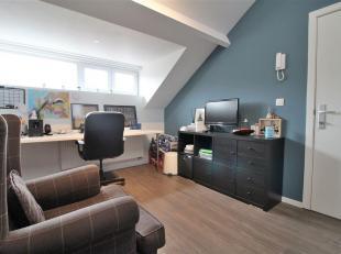 A Property & Pelsmaekers propose: Des chambres détudiants entièrement rénovées dans une rue calme.<br /> Au total, il
