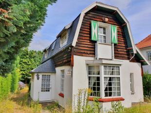 """Stockel, villa 4 façades idéalement située et présentant un beau potentiel de valorisation. Bâtie dans le style """"cot"""
