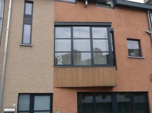 Statiestraat 5 - 1740 Ternat:<br /> Gelijkvloersappartement bestaande uit: open ingerichte keuken, living, eetplaats, ruime badkamer, 1 slaapkamer, to