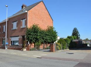 Goed onderhouden gezinswoning nabij centrum Haacht op een mooi perceel van 5a 89ca.  De woning heeft een goede verbinding naar Leuven, Mechelen, Bruss